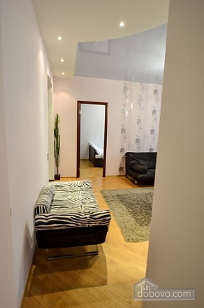 Luxury gem for groups, Vierzimmerwohnung (66230), 020