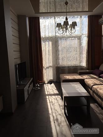 Шикарна квартира з новим сучасним ремонтом і панорамним склінням, 2-кімнатна (33915), 002