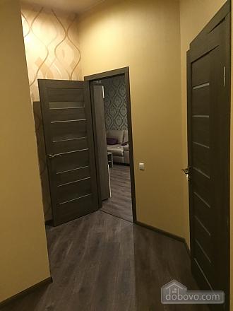 Шикарна квартира з новим сучасним ремонтом і панорамним склінням, 2-кімнатна (33915), 004