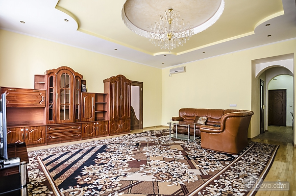 Spacious apartment in the city center, Un chambre (28988), 004