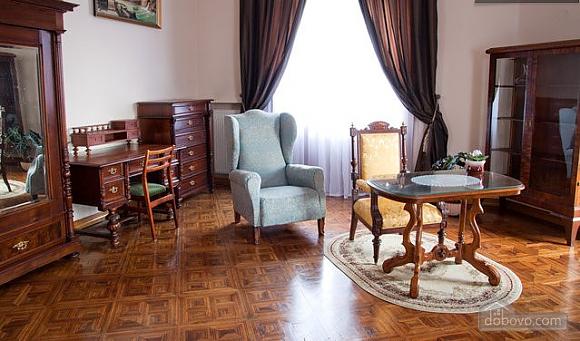 Apartment in the historical center, Una Camera (46933), 002