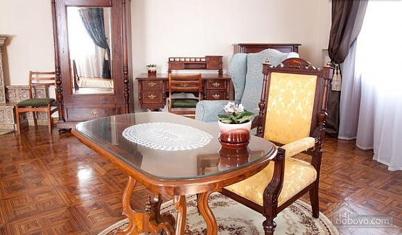 Apartment in the historical center, Una Camera (46933), 003