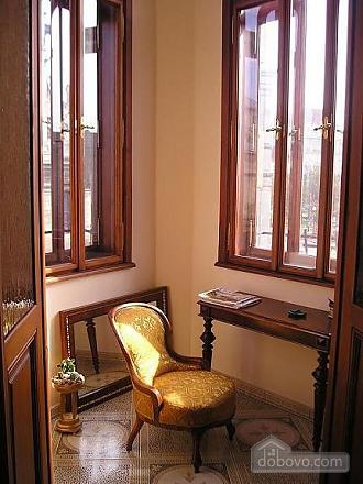 Apartment in the historical center, Una Camera (46933), 005