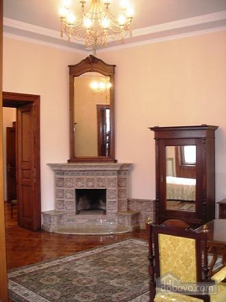 Apartment in the historical center, Una Camera (46933), 008