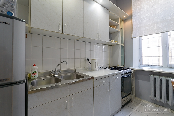 Apartment next to Olympiyskiy, Monolocale (64073), 003
