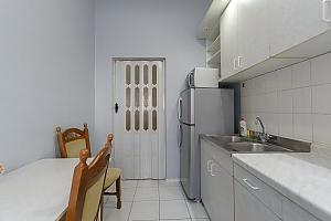 Квартира рядом с НСК Олимпийский, 1-комнатная, 004