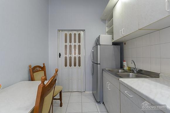 Apartment next to Olympiyskiy, Monolocale (64073), 004