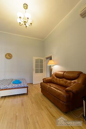 Apartment next to Olympiyskiy, Monolocale (64073), 009