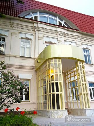 Квартира с двумя спальнями в старом центре, 2х-комнатная (47788), 008