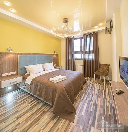 Modern designed one-bedroom apartment with bathtub, Zweizimmerwohnung (53511), 003
