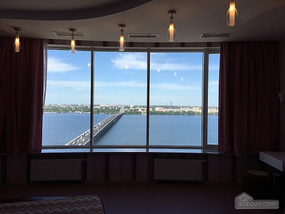 Апартаменти в Мост-Сіті в стилі хай-тек, 2-кімнатна (63955), 017