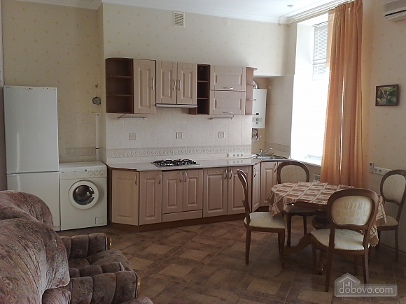 Panoramic apartment in the 50 meters from Khreshchatyk, Una Camera (91333), 004