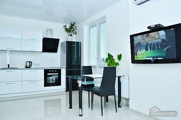 New apartment with Jacuzzi near the center, One Bedroom (93941), 008