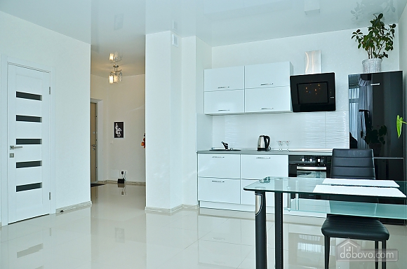 New apartment with Jacuzzi near the center, One Bedroom (93941), 013