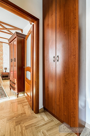 Luxury apartment near the Opera, Monolocale (40088), 011