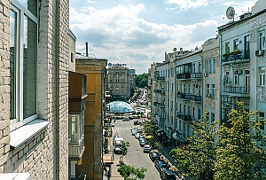 Comfortable apartment near Maidan, Due Camere, 015