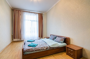 One bedroom apartment with separate bedrooms, One Bedroom, 003