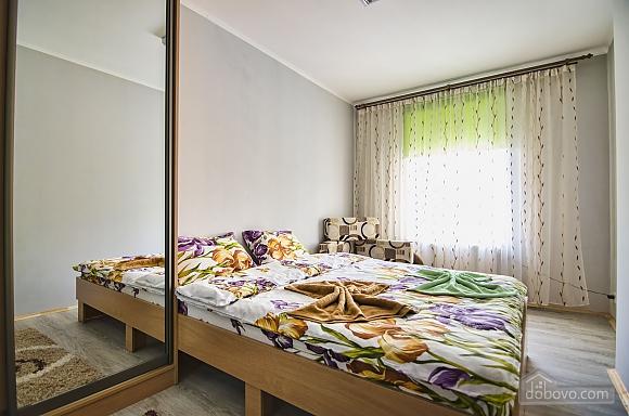 Затишна квартира на площі Старий Ринок, 1-кімнатна (99589), 002