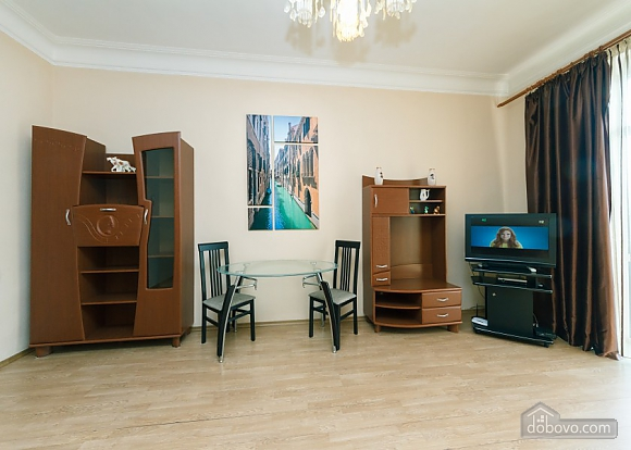 Apartment with view of Kreschatyk, Two Bedroom (33839), 017