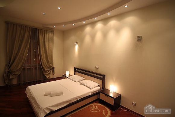 Люкс на Хрещатику, 3-кімнатна (21806), 003