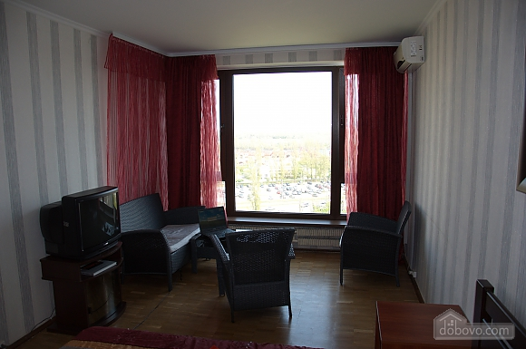 Apartment with a view of Obolonska Quay, Studio (42435), 002