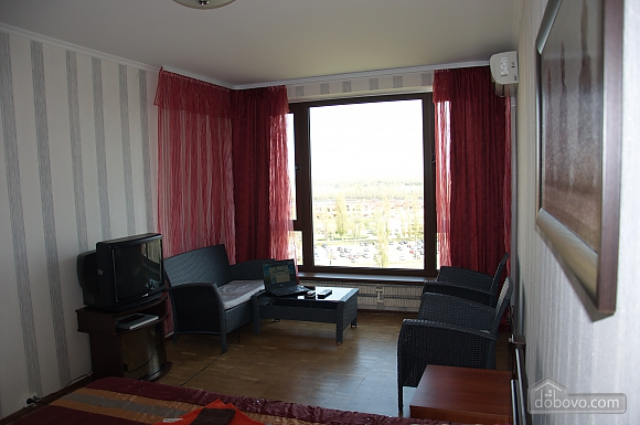 Apartment with a view of Obolonska Quay, Studio (42435), 003
