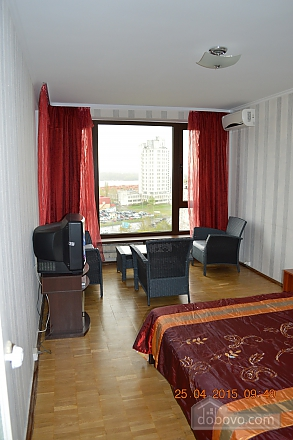 Apartment with a view of Obolonska Quay, Studio (42435), 008