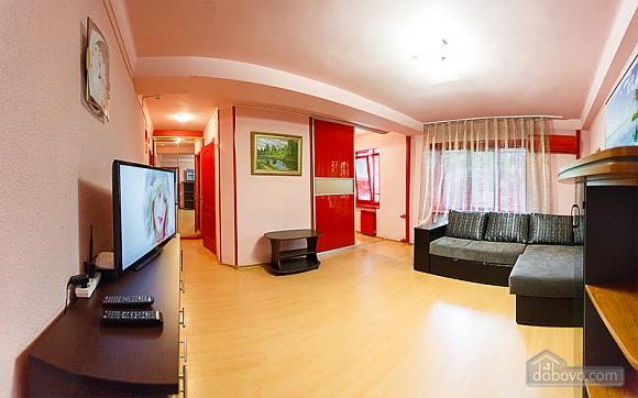 Затишні апартаменти в центрі з новим ремонтом, 2-кімнатна (81850), 003