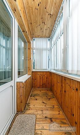 Уютная квартира, 3х-комнатная (70741), 005