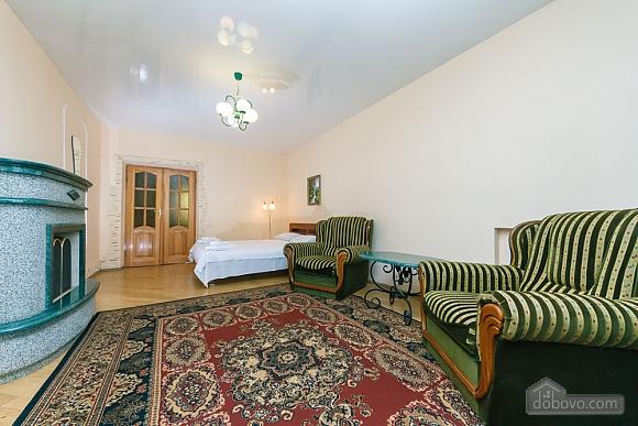 Уютная квартира, 3х-комнатная (70741), 010