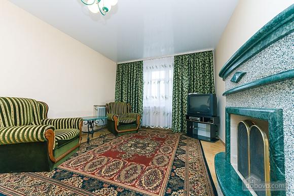 Уютная квартира, 3х-комнатная (70741), 011