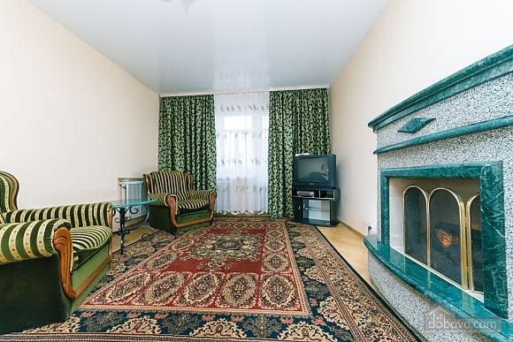 Уютная квартира, 3х-комнатная (70741), 012