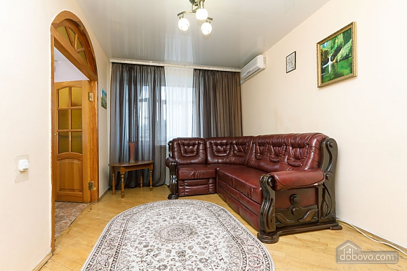 Уютная квартира, 3х-комнатная (70741), 015