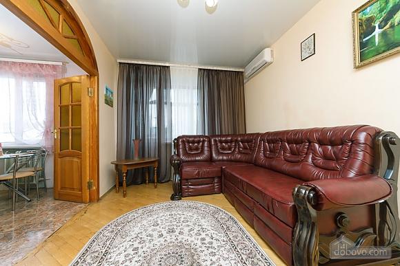Уютная квартира, 3х-комнатная (70741), 016