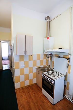 The apartment is five minutes from the Opera House, Two Bedroom, 010