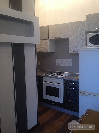 Apartment in the city center, One Bedroom (40100), 005
