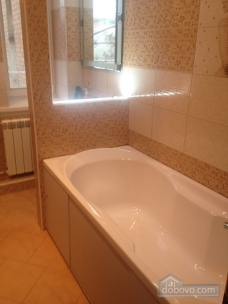 Apartment in the city center, One Bedroom (40100), 011
