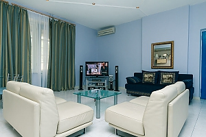 The apartment in a historic building in the center of the city, Three Bedroom, 001