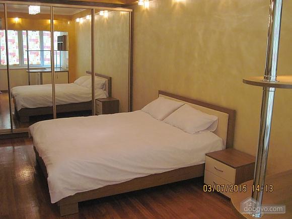 Apartment on Politekh, One Bedroom (82079), 001