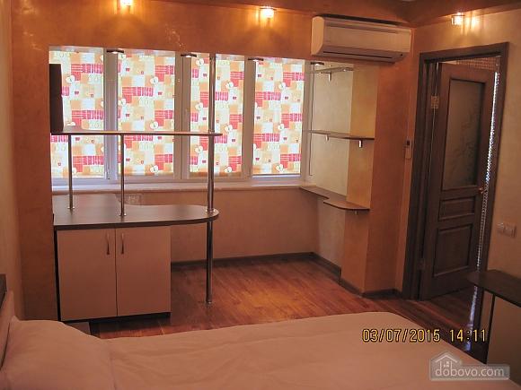 Apartment on Politekh, One Bedroom (82079), 006