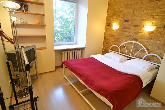 Чудова квартира біля Майдану, 3-кімнатна (28205), 019