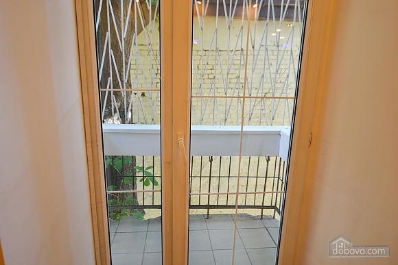 Чудова квартира біля Майдану, 3-кімнатна (28205), 022