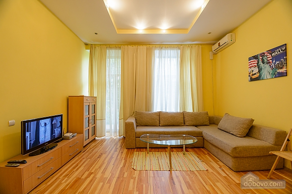 Center - first house from Olimpiiskyi stadium, Un chambre (14331), 001