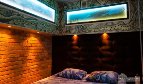 Ексклюзивна квартира в стилі батискафа, 2-кімнатна (17180), 008