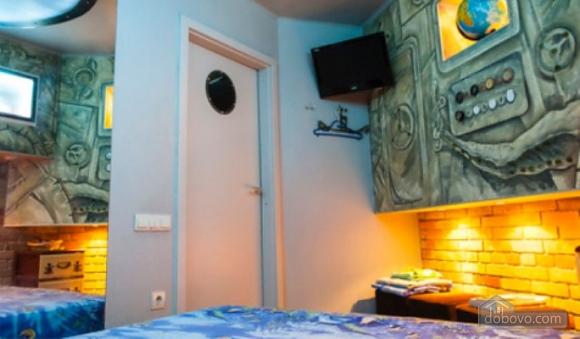 Ексклюзивна квартира в стилі батискафа, 2-кімнатна (17180), 009