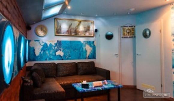 Ексклюзивна квартира в стилі батискафа, 2-кімнатна (17180), 010