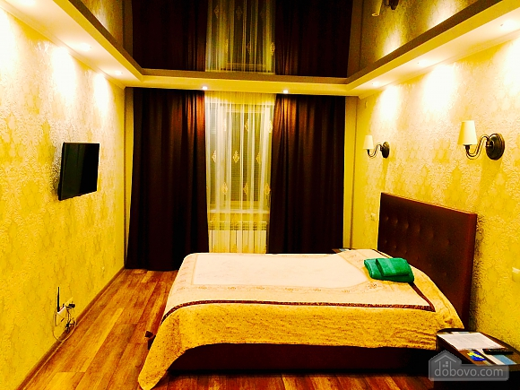 VIP apartment with designer renovation - cheques - free Wi-Fi, One Bedroom (81292), 001
