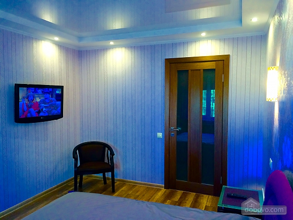 VIP apartment with designer renovation - cheques - free Wi-Fi, One Bedroom (81292), 005