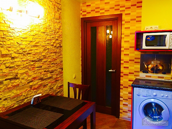 VIP apartment with designer renovation - cheques - free Wi-Fi, One Bedroom (81292), 008