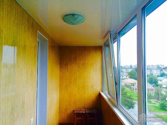 VIP apartment with designer renovation - cheques - free Wi-Fi, One Bedroom (81292), 013